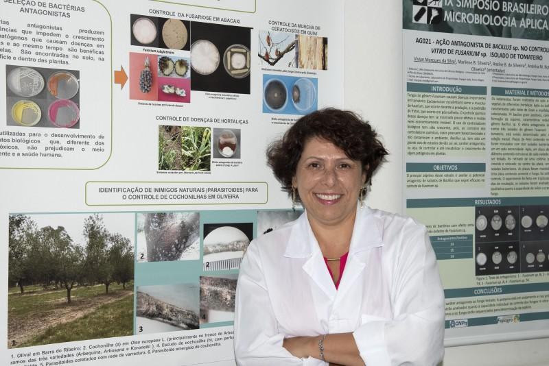 Andréia Mara Rotta de Oliveira coordena a área de pesquisa em olivicultura da Seapdr