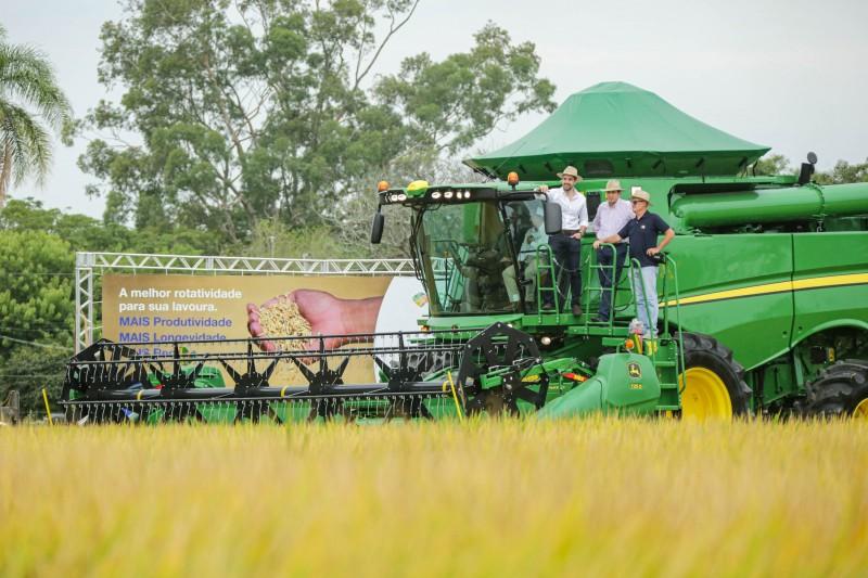 Durante os três dias de programação, mais de 20 empresas expuseram tecnologias para o arroz, soja e culturas de terras baixas